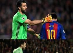 Enlace a Buffon cuando se enfrenta a Messi
