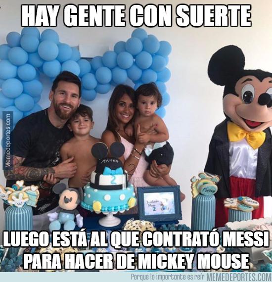 998689 - El Mickey del cumpleaños de Thiago