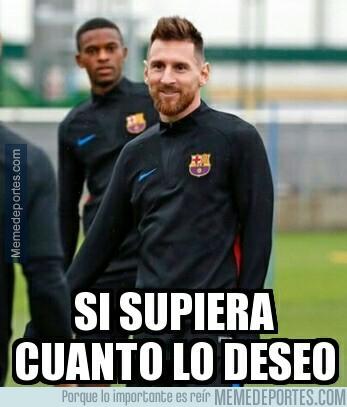 999341 - Ojala me mirasen como Semedo mira a Messi...