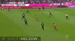 Enlace a GIF: Gol de Robben con la pierna derecha! No lo hacía en liga desde el 14/2/2015