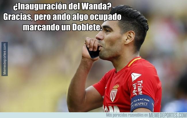 999523 - Falcao fue invitado al Wanda mientras jugaba con el Mónaco
