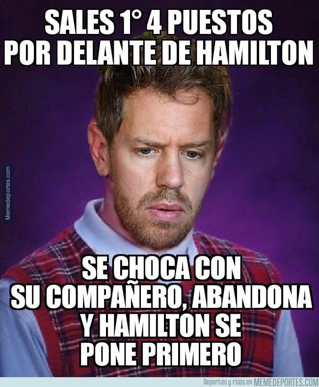 999574 - Parecía un gran día para Vettel, pero...
