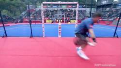 Enlace a Puntazo de revés de Cristian Gutiérrez en las semis de WPT Andorra