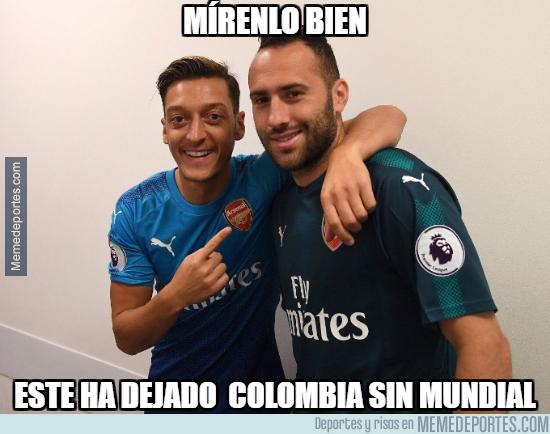 1002357 - Özil trolea a los colombianos