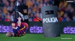 Enlace a Canal Plus se mete en problemas con esta promoción del clásico con la Policía pegando al Barça
