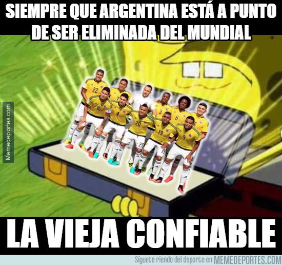 1002511 - El que siempre salva a la la Argentina