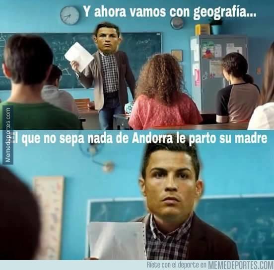 1002530 - Cristiano Ronaldo profesor de geografía