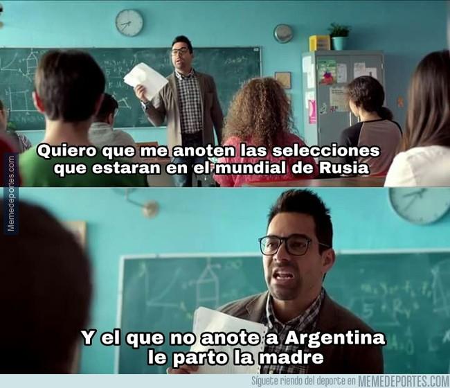 1002547 - Mientras tanto, en un colegio argentino