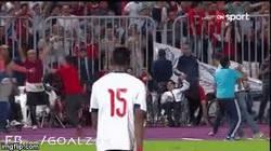Enlace a ¡Milagro! Cuando Salah clasificó a Egipto, este minusválido con una sola pierna se levantó y bailó