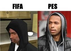 Enlace a FIFA vs PES