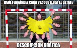 Enlace a Raúl Fernández se lo para todo