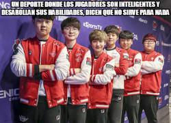 Enlace a Las diferencias entre League of Legends y el fútbol, haters dentro
