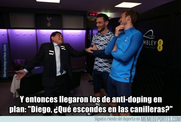 1005073 - Mucha guasa Diego en los vestuarios del Tottenham