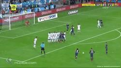 Enlace a GIF: ¿Neymar el salvador? Ay mi madre Cavani!!! Golazo con el que empataba el partido al descuento