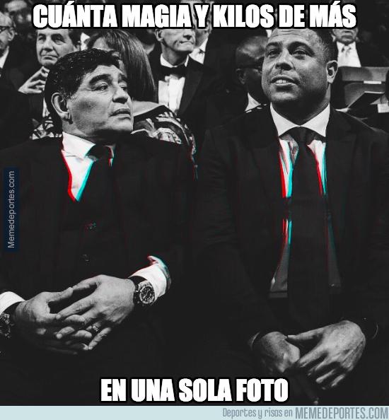 1005182 - Ronaldo y Maradona pensando en la cena post-gala