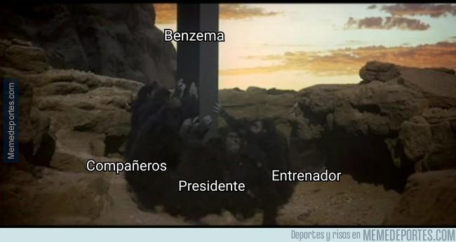 1005542 - ¿Por qué está Benzema puesto sobre un pedestal?