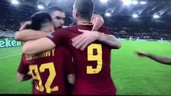 Enlace a GIF: Cuando un abrazo no es suficiente para Perotti