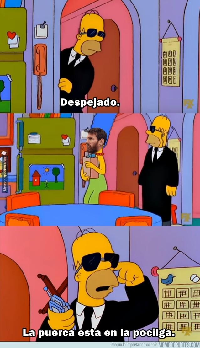 1006911 - Messi llegando escoltado a Rusia