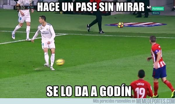 1008368 - Ni Ronaldinho hacía eso