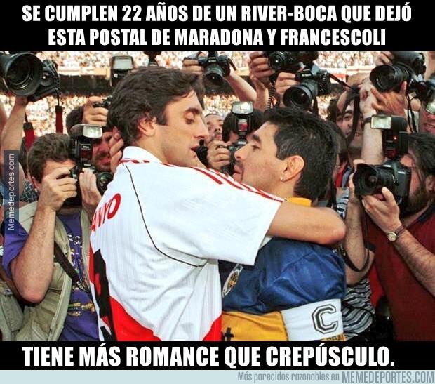 1009322 - El abrazo del Diego y Enzo