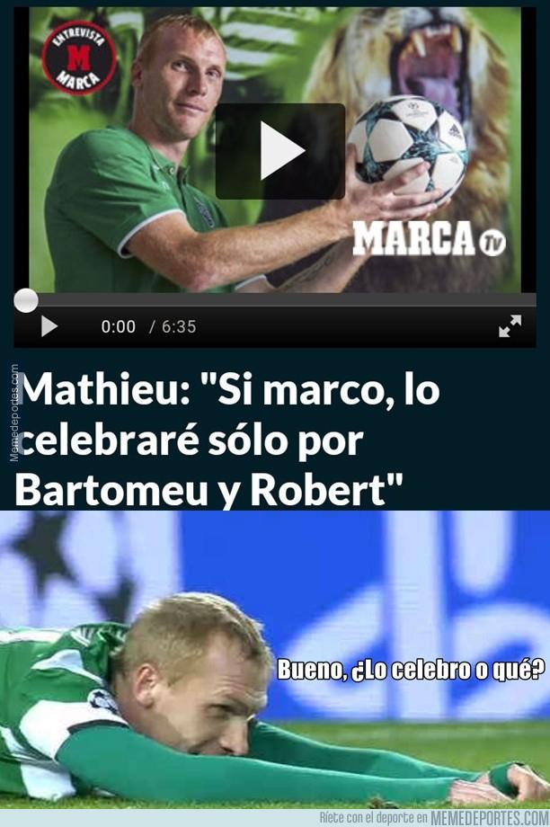 1010589 - *Celebran Bartomeu y Robert*