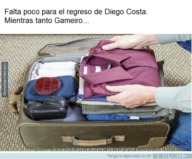 1013869 - Gameiro haciendo las maletas
