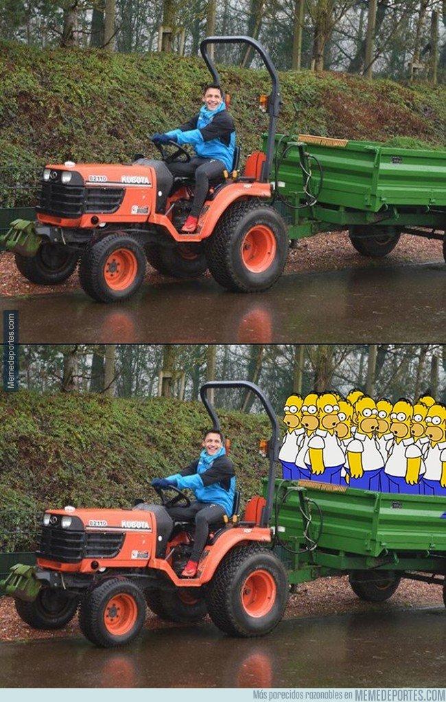 1014685 - El tractor de Alexis me recuerda a algo