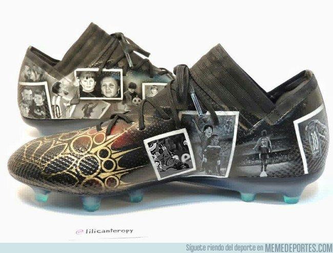 1015634 - Las nuevas botas de Messi tienen imágenes de varios momentos especiales