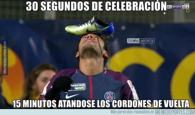 1015774 - La curiosa celebración de Neymar