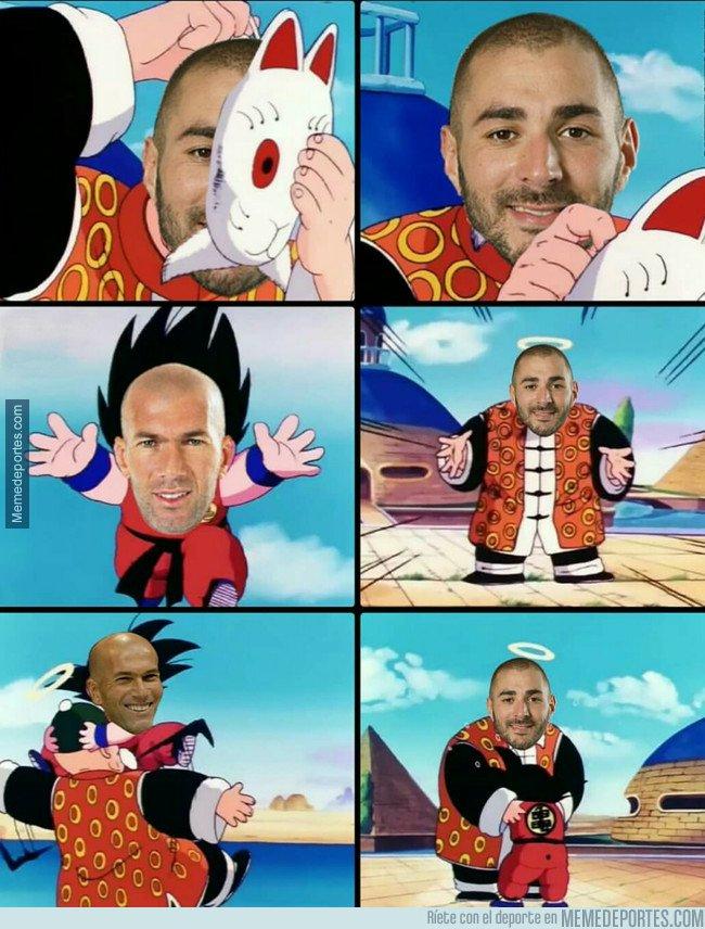 1017168 - Ese momento cuando Zidane se enteró que ya puede jugar Benzema