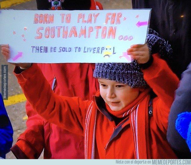 1020937 - Realista pancarta de un pequeño fan del Southampton