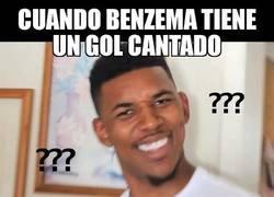 Enlace a Benzema marca por fin