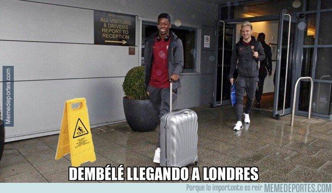 1022275 - Dembélé llegando a Londres