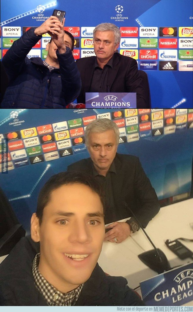 1022886 - Un selfie con Mourinho, todo alegría