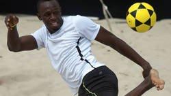 Enlace a Usain Bolt desvela el misterio de dónde jugará a fútbol: jugará en Old Trafford