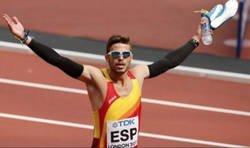 Enlace a Roncero gafa por completo el ORO del atleta español