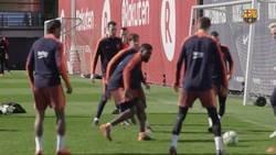 Enlace a A falta de Neymar y con Dembélé a trompicones, Piqué es el que pone la magia en los rondos