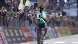 Enlace a Imágenes de Nibali ganando el Milan-San Remo