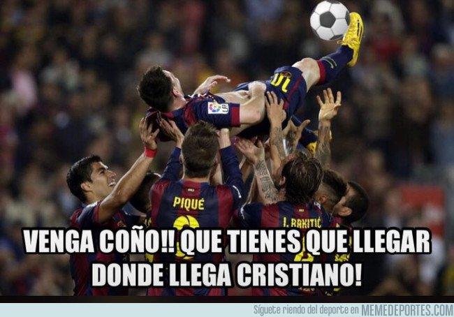 1028161 - Hoy Messi también marca de chilena, ya practican la jugada