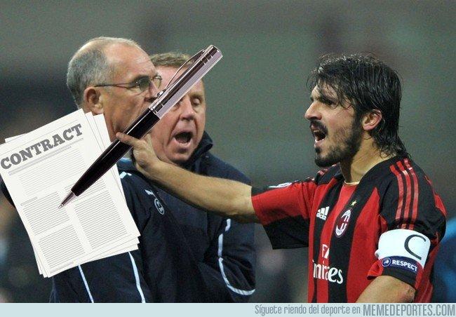 1028502 - Imágenes exclusivas de Gattuso renovando con el Milan