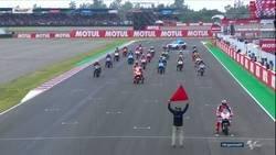Enlace a El inicio de Carrera en MotoGP ha tenido de todo, esto de Márquez ha sido lo último