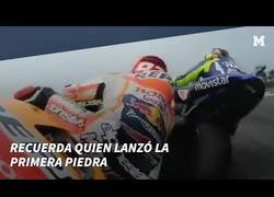 Enlace a Márquez vs Rossi: los puñales del italiano