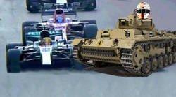 Enlace a El volantazo de Vettel a Hamilton cumple 1 año