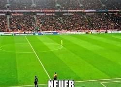 Enlace a Neuer y su parecido a Ulreich