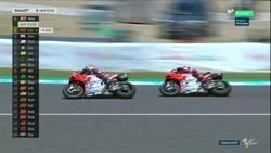 Enlace a Lorenzo, Dovizioso y Pedrosa se caen con este tremendo accidente