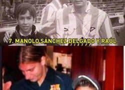 Enlace a 10 grandes futbolistas actuales que siendo niños se fotografiaron con jugadores famosos