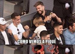 Enlace a Piqué pasando el rato con Lucas Vázquez y Asensio