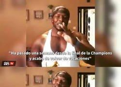 Enlace a Akinfenwa amenaza con a Sergio Ramos en un vídeo, y da bastante miedo