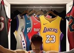 Enlace a LeBron James este verano