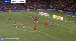 Enlace a Así disfruta Zidane de su retirada momentánea. Golazo de falta en un amistoso
